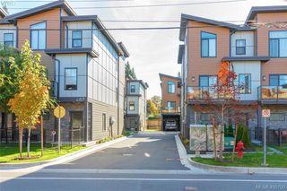Main Photo: 115 687 Strandlund Avenue in VICTORIA: La Langford Proper Townhouse for sale (Langford)  : MLS®# 405700