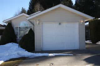"Photo 2: 125 9080 198 Street in Langley: Walnut Grove Manufactured Home for sale in ""Forest Green Estates"" : MLS®# R2345229"