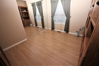 "Photo 9: 125 9080 198 Street in Langley: Walnut Grove Manufactured Home for sale in ""Forest Green Estates"" : MLS®# R2345229"