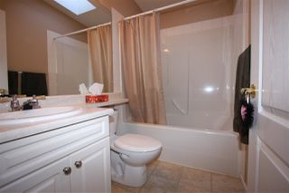 "Photo 11: 125 9080 198 Street in Langley: Walnut Grove Manufactured Home for sale in ""Forest Green Estates"" : MLS®# R2345229"