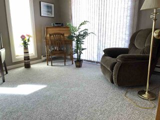 Photo 11: 102 Maple Crescent: Wetaskiwin House for sale : MLS®# E4147376