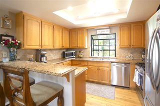 Photo 7: JAMUL House for sale : 3 bedrooms : 14001 Short Ct