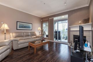 "Photo 4: 305 20897 57 Avenue in Langley: Langley City Condo for sale in ""ARBOUR LANE"" : MLS®# R2358828"