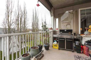 "Photo 17: 305 20897 57 Avenue in Langley: Langley City Condo for sale in ""ARBOUR LANE"" : MLS®# R2358828"