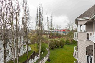 "Photo 19: 305 20897 57 Avenue in Langley: Langley City Condo for sale in ""ARBOUR LANE"" : MLS®# R2358828"