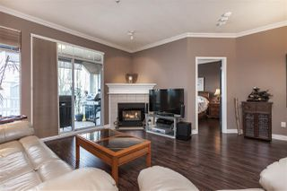 """Photo 5: 305 20897 57 Avenue in Langley: Langley City Condo for sale in """"ARBOUR LANE"""" : MLS®# R2358828"""