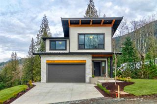 Main Photo: 7196 MARBLE HILL Road in Chilliwack: Eastern Hillsides House 1/2 Duplex for sale : MLS®# R2360504