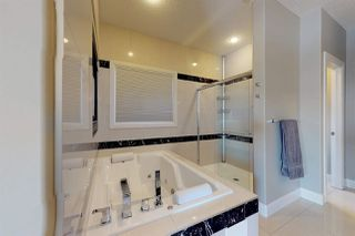 Photo 14: 3095 CAMERON HEIGHTS Way in Edmonton: Zone 20 House for sale : MLS®# E4152868