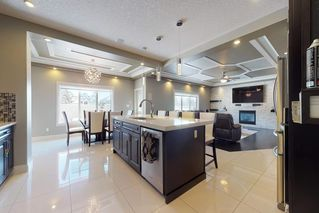 Photo 6: 3095 CAMERON HEIGHTS Way in Edmonton: Zone 20 House for sale : MLS®# E4152868