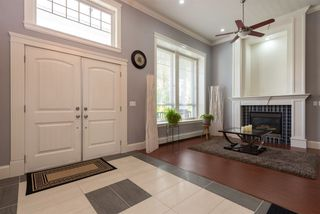 Photo 2: 12931 58B Avenue in Surrey: Panorama Ridge House for sale : MLS®# R2363223