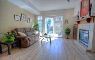 "Photo 3: 30 2000 PANORAMA Drive in Port Moody: Heritage Woods PM Townhouse for sale in ""MOUTAINS EDGE"" : MLS®# R2379384"