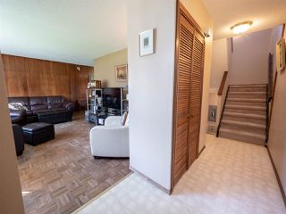 Photo 4: 10118 134 Avenue in Edmonton: Zone 01 House Half Duplex for sale : MLS®# E4161533