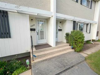 Photo 3: 10118 134 Avenue in Edmonton: Zone 01 House Half Duplex for sale : MLS®# E4161533
