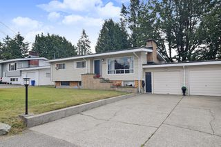 "Photo 1: 33506 KING Road in Abbotsford: Poplar House for sale in ""UFV AREA"" : MLS®# R2381639"