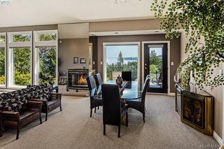 Photo 3: 5012 Georgia Park Terr in VICTORIA: SE Cordova Bay House for sale (Saanich East)  : MLS®# 819349
