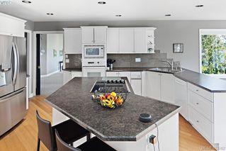 Photo 10: 5012 Georgia Park Terr in VICTORIA: SE Cordova Bay House for sale (Saanich East)  : MLS®# 819349