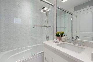 Photo 11: 2059 TRIUMPH Street in Vancouver: Hastings Townhouse for sale (Vancouver East)  : MLS®# R2387149