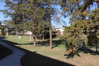 Photo 2: 5708 143 Avenue in Edmonton: Zone 02 Townhouse for sale : MLS®# E4174841
