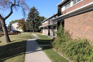 Photo 5: 5708 143 Avenue in Edmonton: Zone 02 Townhouse for sale : MLS®# E4174841