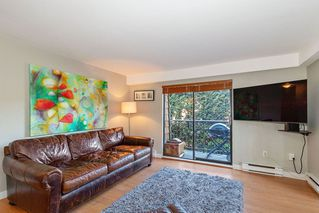 Photo 2: 203 1721 ST. GEORGES Avenue in North Vancouver: Central Lonsdale Condo for sale : MLS®# R2412918