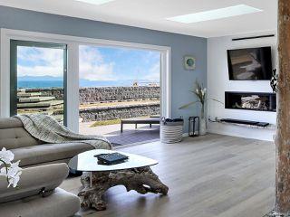 Photo 5: 1954 Singing Sands Rd in COMOX: CV Comox Peninsula House for sale (Comox Valley)  : MLS®# 833326