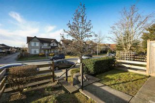 "Photo 3: 63 1055 RIVERWOOD Gate in Port Coquitlam: Riverwood Townhouse for sale in ""Mountain View Estates"" : MLS®# R2446055"