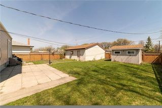 Photo 2: 627 Matheson Avenue in Winnipeg: West Kildonan Residential for sale (4D)  : MLS®# 202010713