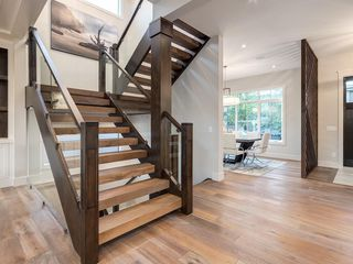 Photo 4: 2015 45 Avenue SW in Calgary: Altadore Detached for sale : MLS®# A1017768