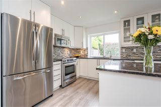"""Photo 7: 5349 LAUREL Way in Ladner: Hawthorne House for sale in """"Victory South"""" : MLS®# R2480456"""
