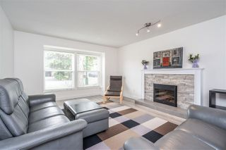 """Photo 3: 5349 LAUREL Way in Ladner: Hawthorne House for sale in """"Victory South"""" : MLS®# R2480456"""