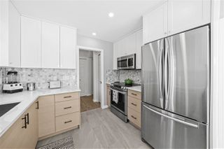 Photo 3: 2803 ST. CATHERINES Street in Vancouver: Mount Pleasant VE House 1/2 Duplex for sale (Vancouver East)  : MLS®# R2494986