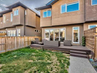Photo 28: 522 37 Street NW in Calgary: Parkdale Semi Detached for sale : MLS®# A1040822