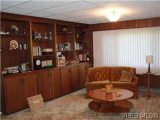 Photo 14: 5162 Lochside Dr in VICTORIA: SE Cordova Bay Single Family Detached for sale (Saanich East)  : MLS®# 571275
