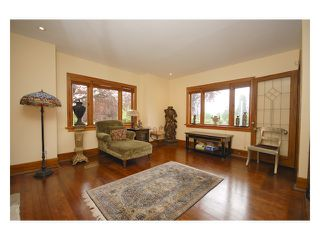 Photo 3: 2704 GRAVELEY ST in Vancouver: Renfrew VE House for sale (Vancouver East)  : MLS®# V953475