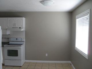 Photo 5: 310 Hollyburn Drive in Kamloops: Sahali House 1/2 Duplex for sale (Kamlooops)  : MLS®# 117994