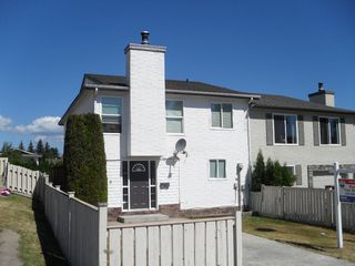 Photo 2: 310 Hollyburn Drive in Kamloops: Sahali House 1/2 Duplex for sale (Kamlooops)  : MLS®# 117994