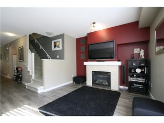 """Photo 2: 10 55 HAWTHORN Drive in Port Moody: Heritage Woods PM Townhouse for sale in """"COBALT SKY"""" : MLS®# V1034207"""