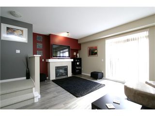 """Photo 3: 10 55 HAWTHORN Drive in Port Moody: Heritage Woods PM Townhouse for sale in """"COBALT SKY"""" : MLS®# V1034207"""