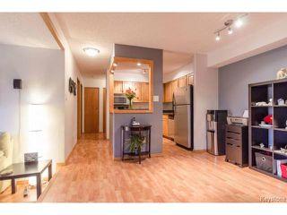 Photo 5: 1044 Bairdmore Boulevard in WINNIPEG: Fort Garry / Whyte Ridge / St Norbert Condominium for sale (South Winnipeg)  : MLS®# 1408638