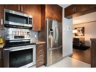 """Photo 4: 905 140 E 14TH Street in North Vancouver: Central Lonsdale Condo for sale in """"SPRINGHILL PLACE"""" : MLS®# V1062590"""