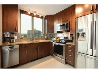 """Photo 2: 905 140 E 14TH Street in North Vancouver: Central Lonsdale Condo for sale in """"SPRINGHILL PLACE"""" : MLS®# V1062590"""