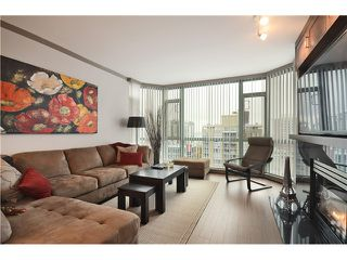 """Photo 3: 905 140 E 14TH Street in North Vancouver: Central Lonsdale Condo for sale in """"SPRINGHILL PLACE"""" : MLS®# V1062590"""