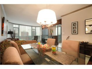 """Photo 5: 905 140 E 14TH Street in North Vancouver: Central Lonsdale Condo for sale in """"SPRINGHILL PLACE"""" : MLS®# V1062590"""