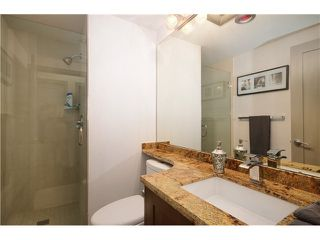 """Photo 10: 905 140 E 14TH Street in North Vancouver: Central Lonsdale Condo for sale in """"SPRINGHILL PLACE"""" : MLS®# V1062590"""