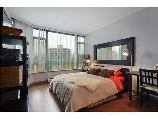 """Photo 7: 905 140 E 14TH Street in North Vancouver: Central Lonsdale Condo for sale in """"SPRINGHILL PLACE"""" : MLS®# V1062590"""