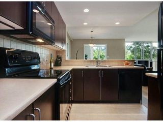 """Photo 3: 206 295 GUILDFORD Way in Port Moody: North Shore Pt Moody Condo for sale in """"THE BENTLEY"""" : MLS®# V1084423"""