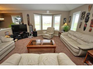 Photo 7: 2 Parkdale Place in STANNE: Ste. Anne / Richer Residential for sale (Winnipeg area)  : MLS®# 1425175