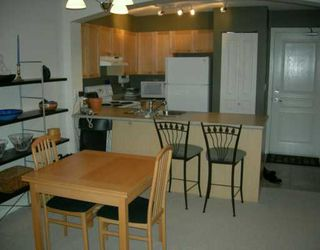 "Photo 3: PH8 7383 GRIFFITHS DR in Burnaby: South Slope Condo for sale in ""EIGHTEEN TREES"" (Burnaby South)  : MLS®# V611687"
