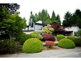 Photo 2: 380 DARTMOOR Drive in Coquitlam: Coquitlam East House for sale : MLS®# V1125171
