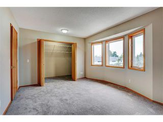 Photo 18: 462 REGAL Park NE in Calgary: Renfrew_Regal Terrace House for sale : MLS®# C4019650